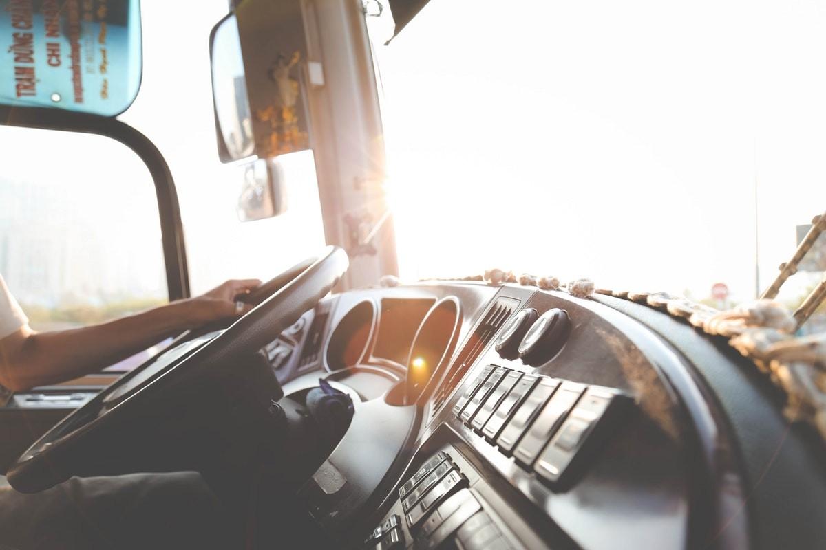https://www.truckingfunder.com/wp-content/uploads/2021/06/Owner-operator-image.jpeg