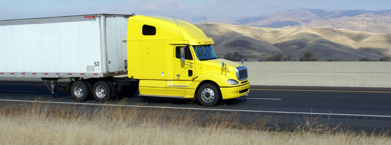 https://www.truckingfunder.com/wp-content/uploads/2021/06/Yellow-trucks.jpg