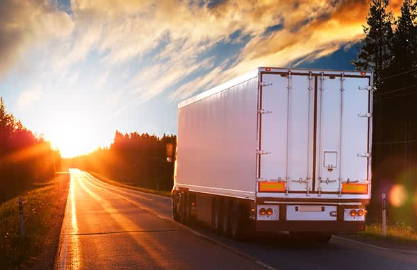 https://www.truckingfunder.com/wp-content/uploads/2021/06/equipment-financing.jpg